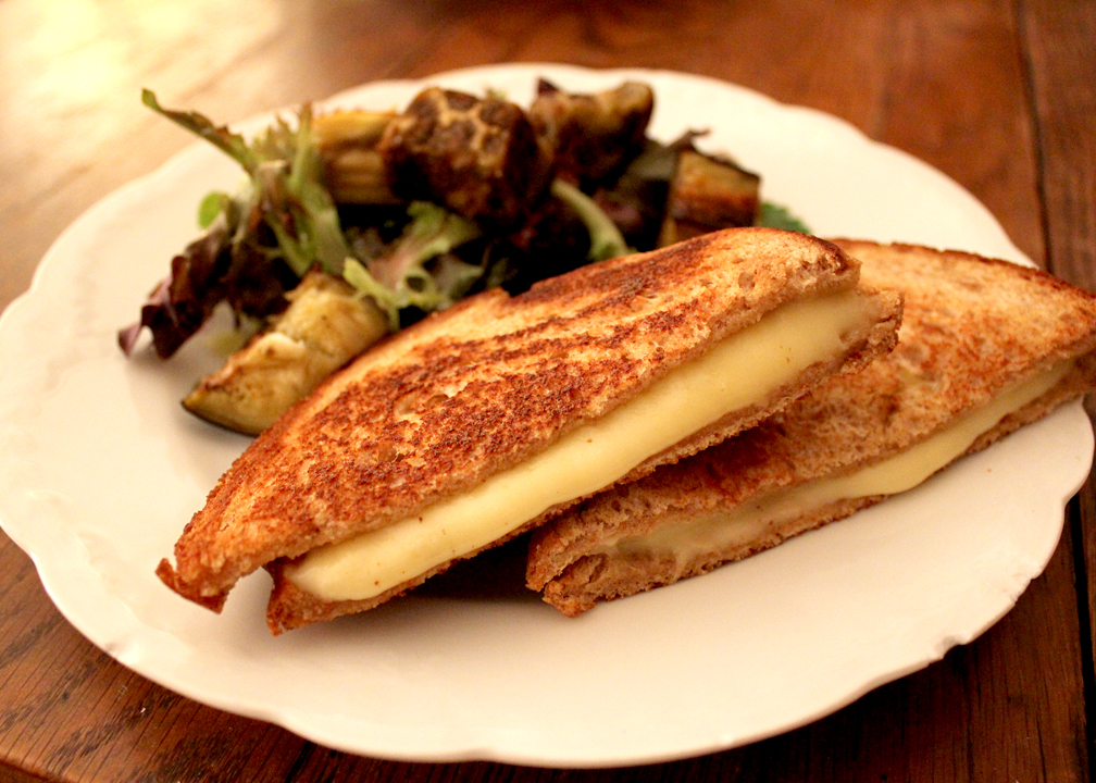GrilledCheese_IMG_9892